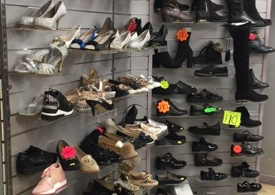 Kully's - shoes
